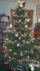 Our Christmas tree, all decorated!